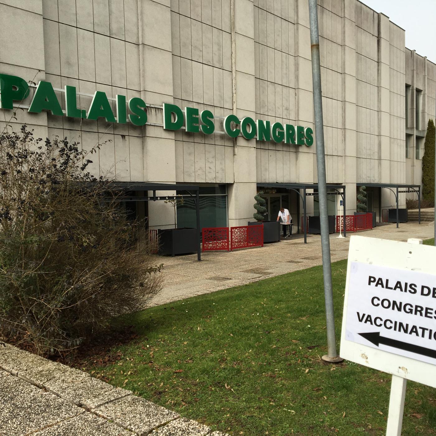Covid-19 : 250 pompiers formés pour vacciner plus dans les Vosges